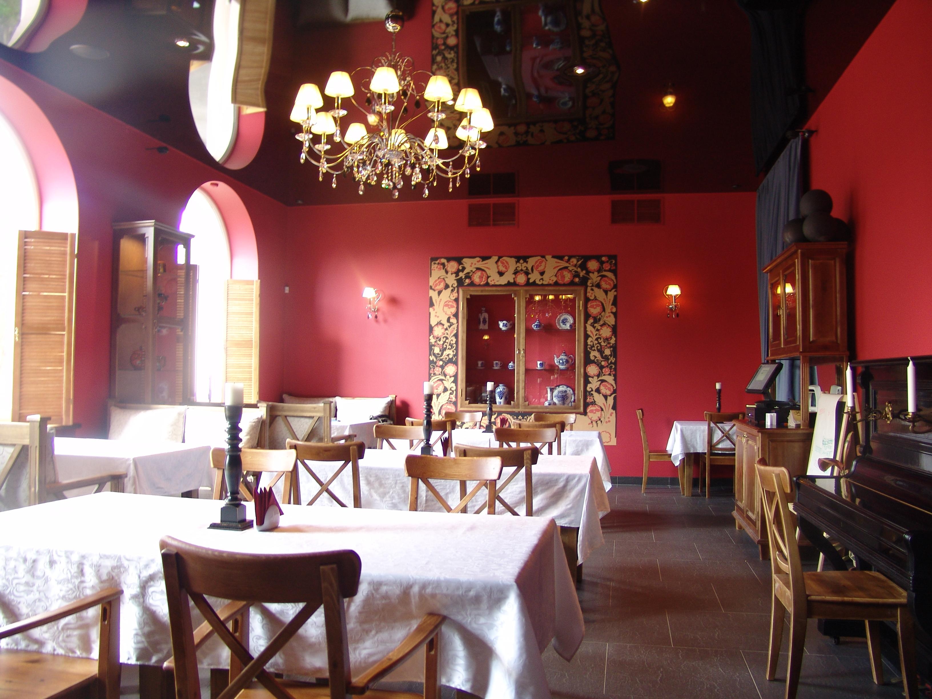 Ресторан «Романс-кафе» в г.Петродворец