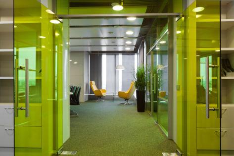 Офис компании «Петровский автоцентр» в Москве
