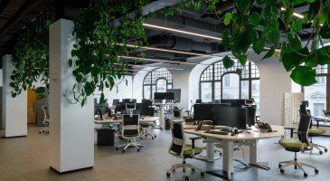 Офисные помещения компании «Газпромнефть Научно-технический Центр» в ТД «У Красного моста»